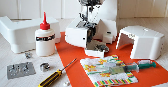 How to Oil Sewing Machines at Home A Step by Step Guide Mesmerizing How To Oil A Sewing Machine