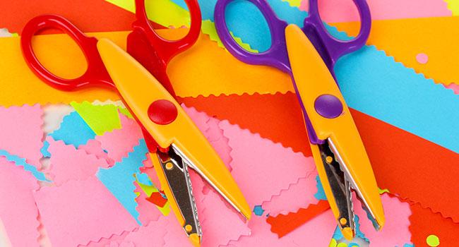 Hand Operated Scissors